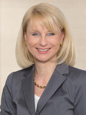 Karin Maag in der Presseecke